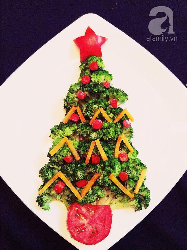 6 cách bày cây thông Noel từ rau củ quả khiến bé thích mê