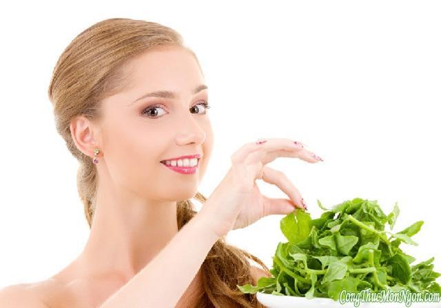 6 lý do nên ăn cải bó xôi thường xuyên