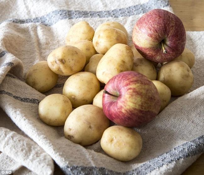 8 mẹo giữ cho rau, củ, quả tươi lâu như vừa mới hái