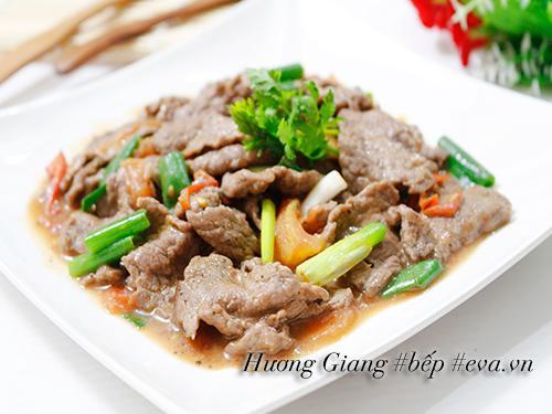 Ăn hết sạch cả nồi cơm vì thịt bò sốt chua ngọt quá ngon!