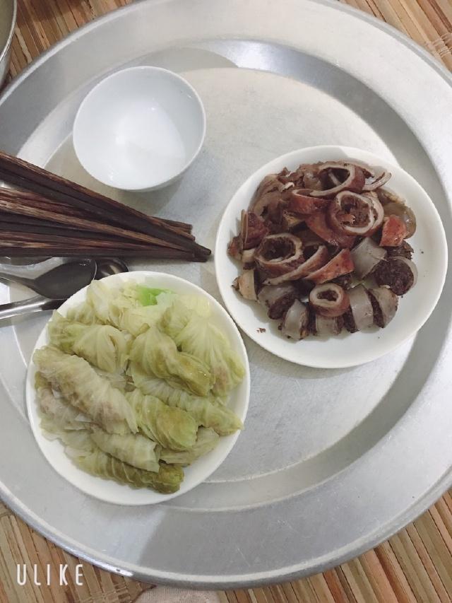 Bắp cải cuộn thịt bằm