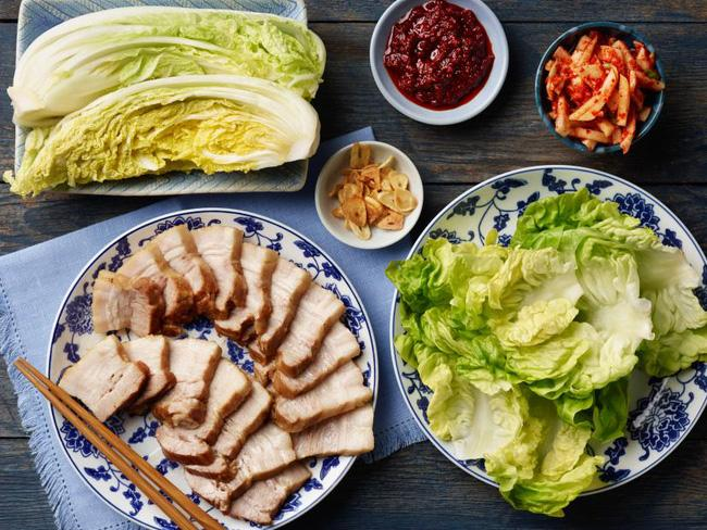Mẹo nấu cơm đủ rau, thịt chỉ bằng một chiếc nồi cơm điện
