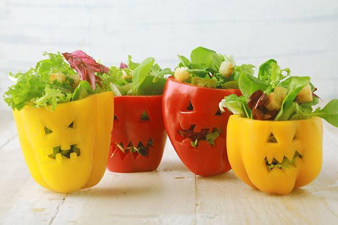 Biết chọn ớt chuông nhưng bạn đã biết quả nào dùng để xào, quả nào làm salad chưa?