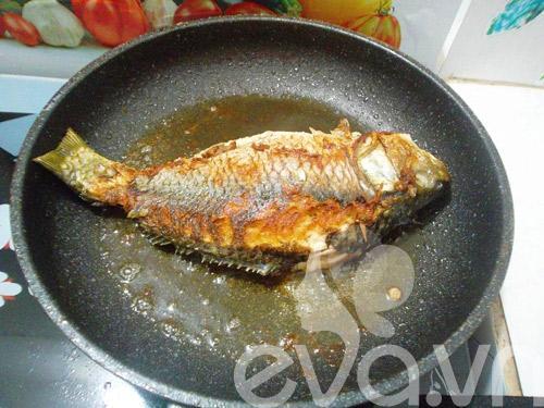 Cá chép sốt cà chua nóng hổi
