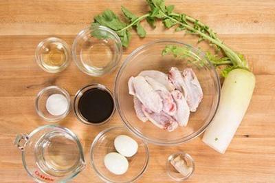 Cách kho thịt gà mềm ngon thơm phức cả nhà mê mẩn