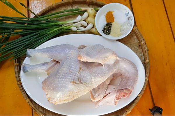 Cách làm gà hấp hành thơm ngọt ngon hết nấc