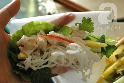 Cách làm món bún cuốn cá hấp ăn mãi không chán