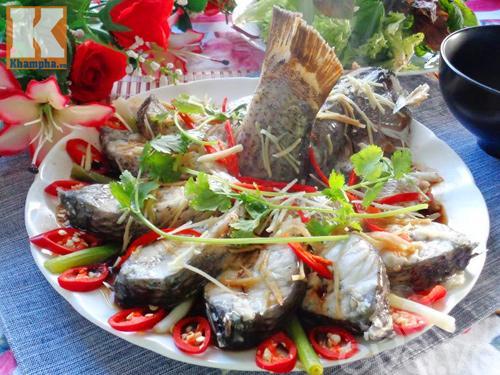 Cách làm món cá hấp hành gừng nóng hổi, thơm ngon