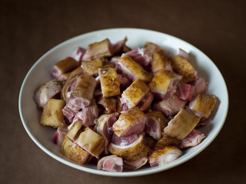 Cách làm thịt chân giò nấu giả cầy ngon bất bại cho bữa tối ngày lạnh