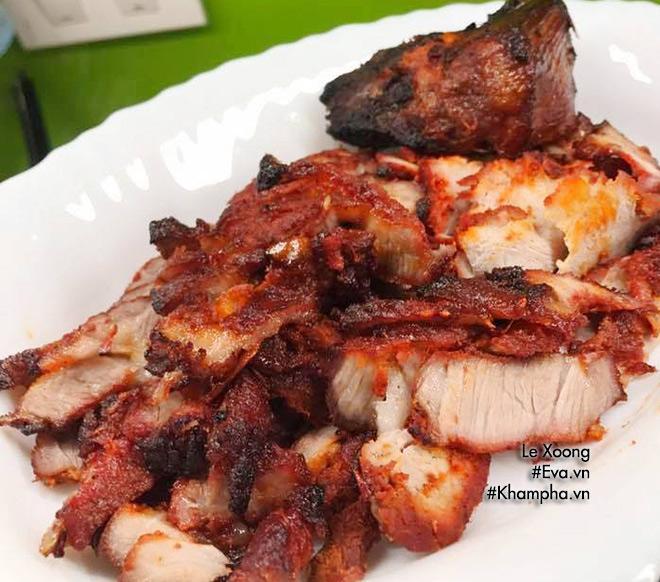 Cách làm thịt xá xíu nướng thơm lừng gian bếp