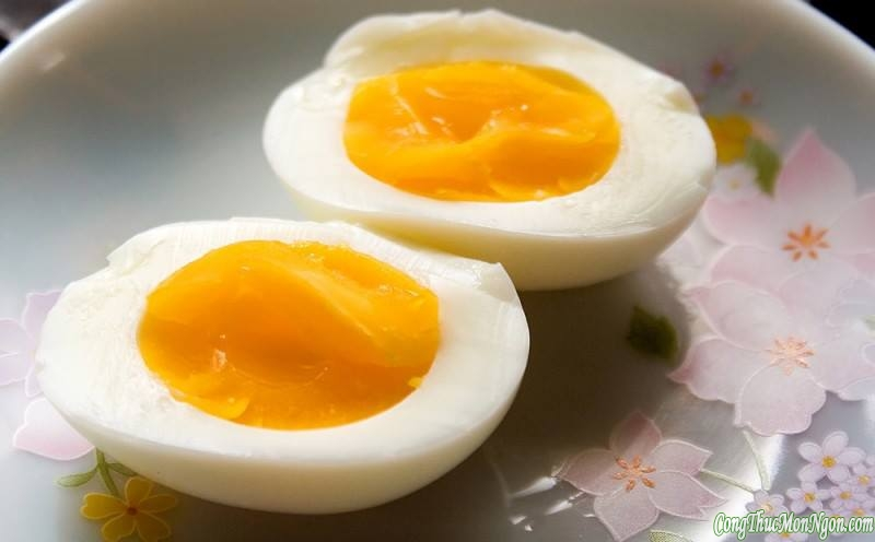 Cách luộc trứng gà ngon, dễ bóc vỏ