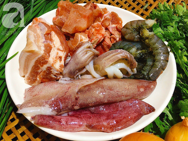 Cần gì phải đi Vũng Tàu mới được ăn hủ tiếu mực, tôi tự nấu cũng ngon không thua nhà hàng!
