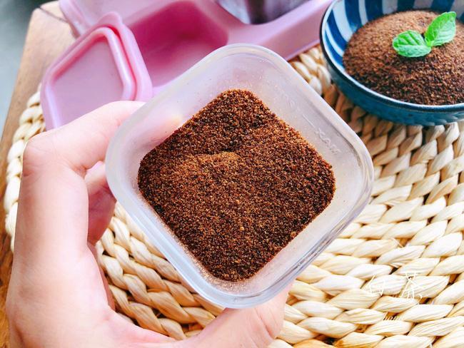 Có một loại bột nêm mẹ nhất định nên làm để bổ sung vi chất dinh dưỡng thiết yếu cho con