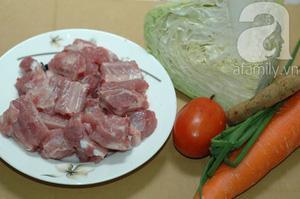 Công thức làm món canh bắp cải nấu sườn