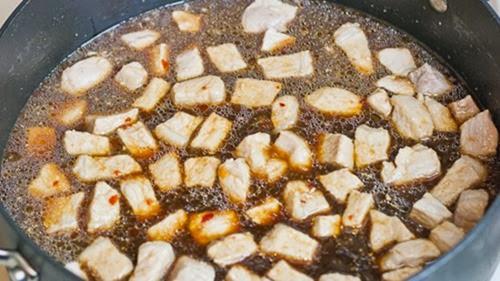 Công thức món thịt lợn xốt tương