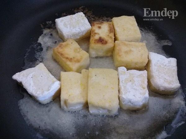Đậu phụ chiên giòn sốt cay món ngon đơn giản mà ngon cơm...