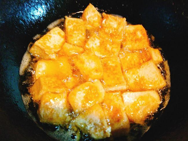 Đổi bữa với đậu phụ sốt Thái cực ngon mà chỉ mất chưa đầy 15 phút