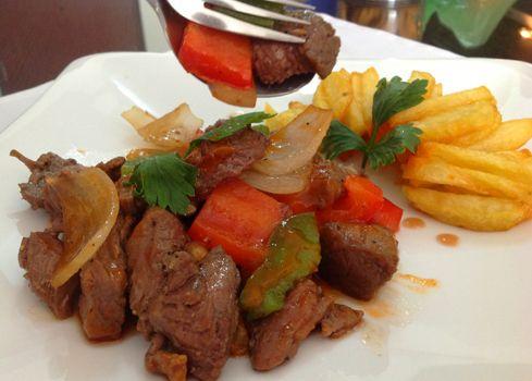 Đổi vị với thịt bò xào ớt chuông