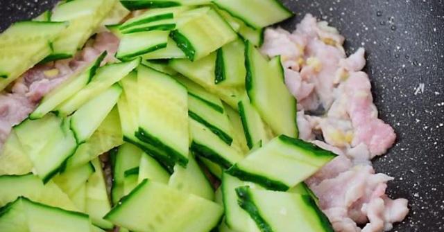 Dù xào bất kỳ loại thịt nào, chỉ cần thêm thứ này đảm bảo thịt mềm không dai
