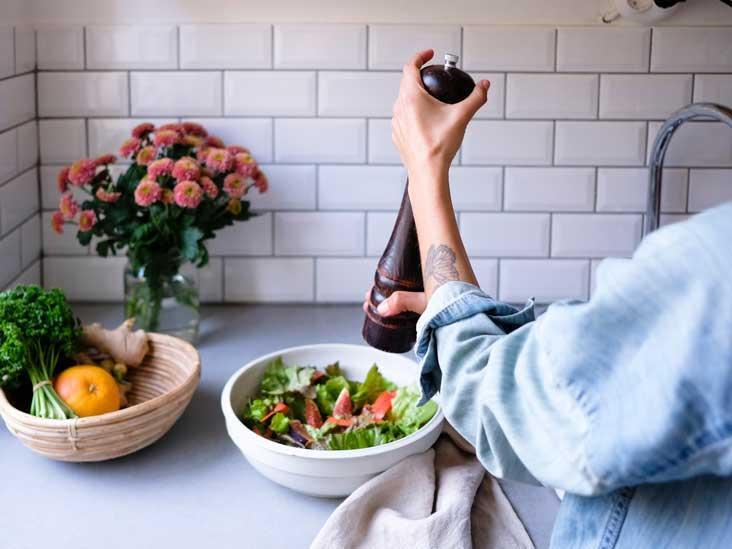 """Hạt tiêu nên sử dụng thế nào để không """"tiêu"""" luôn món ăn của bạn - tưởng đơn giản mà không phải ai cũng biết!"""