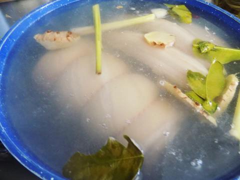 Học ngay cách làm thịt heo ngâm nước mắm cho ngày Tết