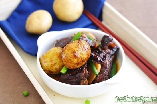 Hướng dẫn làm món sườn om khoai tây