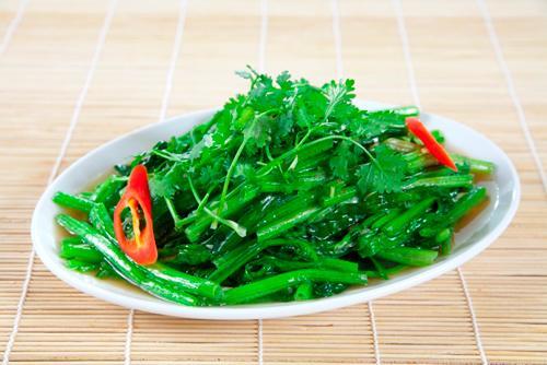Làm những cách này đảm bảo đĩa rau xào luôn xanh, giòn, ăn đã miệng