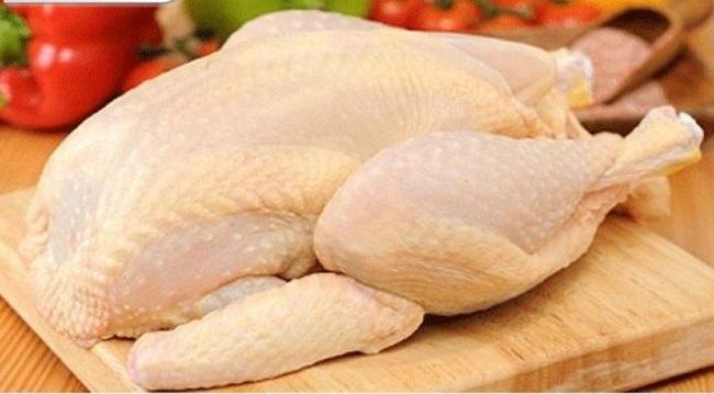 Luộc gà xong làm thêm bước này, đảm bảo da giòn sần sật, thịt vàng ươm