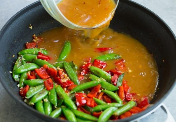 Mách mẹ đảm cách làm tôm sốt cam tỏi tuyệt ngon cho bữa cơm cuối tuần