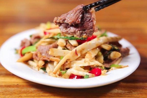 Măng xào thịt bò - món ăn siêu nhanh, siêu ngon cho bữa tối