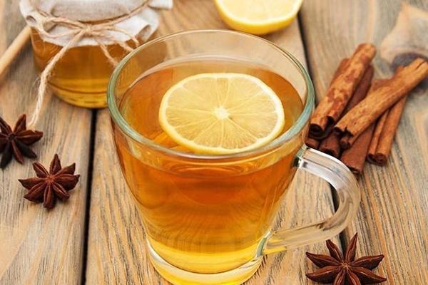 Mật ong vốn rất tốt, nhưng nhiều người đang sai lầm khi uống vào thời điểm này, chỉ thêm hại sức khoẻ