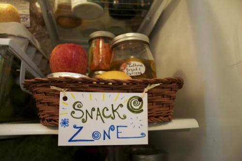 Mẹo xếp đồ để tủ lạnh không còn là 'bãi chiến trường'