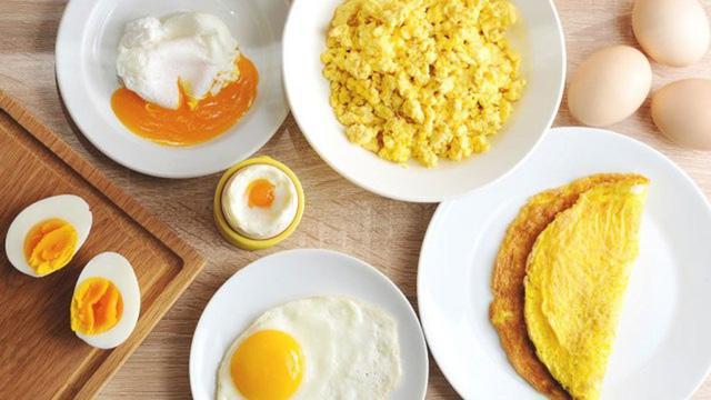 Muốn thấy sự khác biệt về dinh dưỡng hãy nhìn vào lòng đỏ trứng, màu đậm chứng tỏ điều này