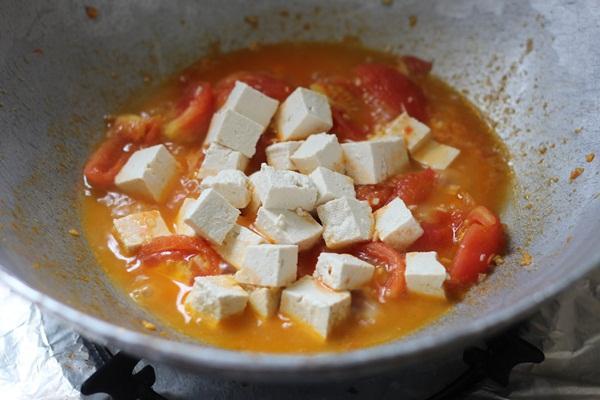 Nhanh gọn mà ngon món đậu hũ trứng sốt cà