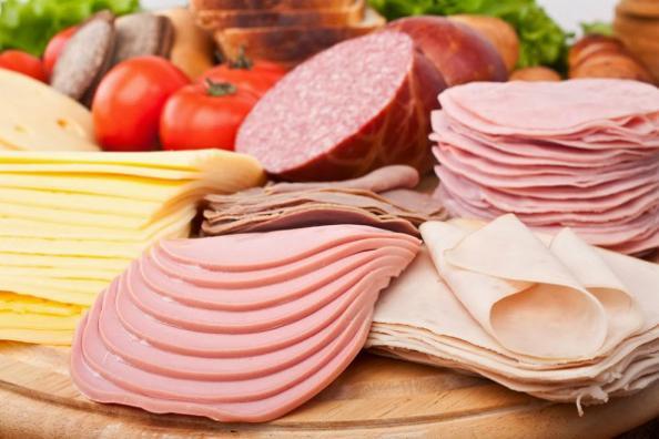 Những loại thực phẩm cần tránh xa nếu không muốn 'càng ăn càng buồn'