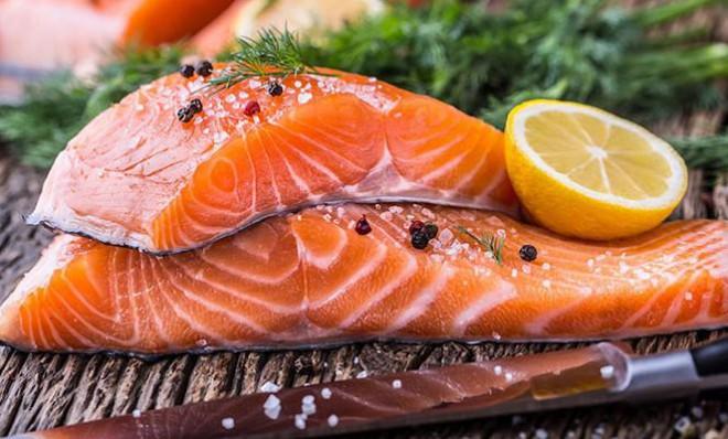 Những thực phẩm này vừa giàu vitamin D, vừa chống loãng xương cực tốt