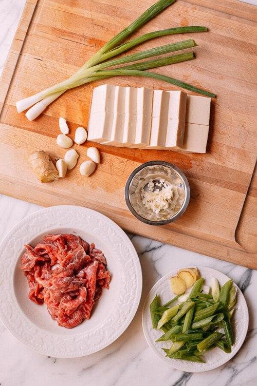 Thịt bò sốt đậu phụ ngon mềm, cực ngon