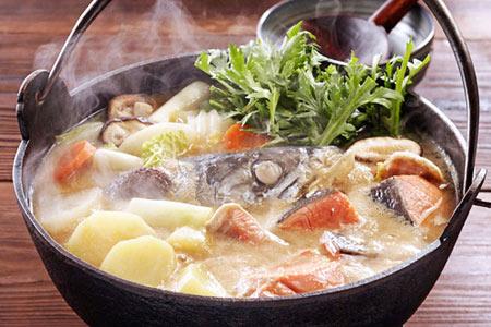 Thịt đắt thì ăn đầu cá hồi