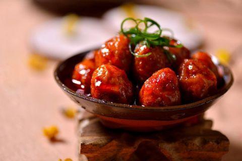 Trứng cút sốt ớt chua cay ngon tuyệt