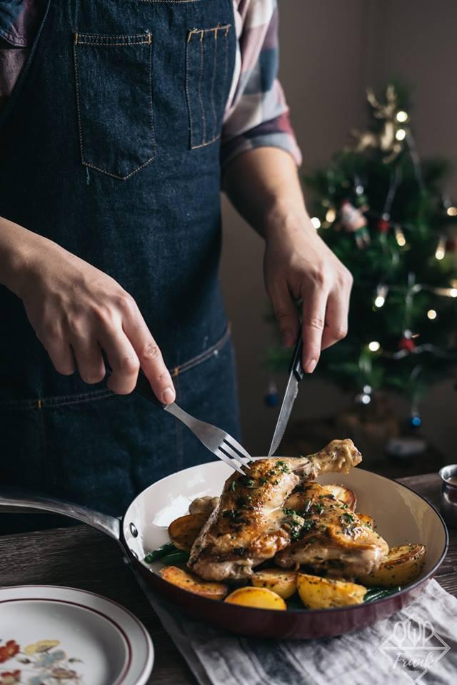 Tuyệt chiêu siêu đơn giản cho món đùi gà đút lò đậm đà, thơm lừng khắp ngõ