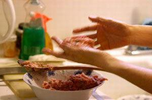 Viên xôi nhân thịt tròn vo dễ ăn